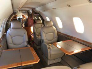 飞机经纪商, 飞机经纪人, 航空代理, 和里尔经纪人