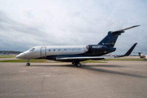 旧式喷气机出售, 里尔出售, 和Phenom Jet出售